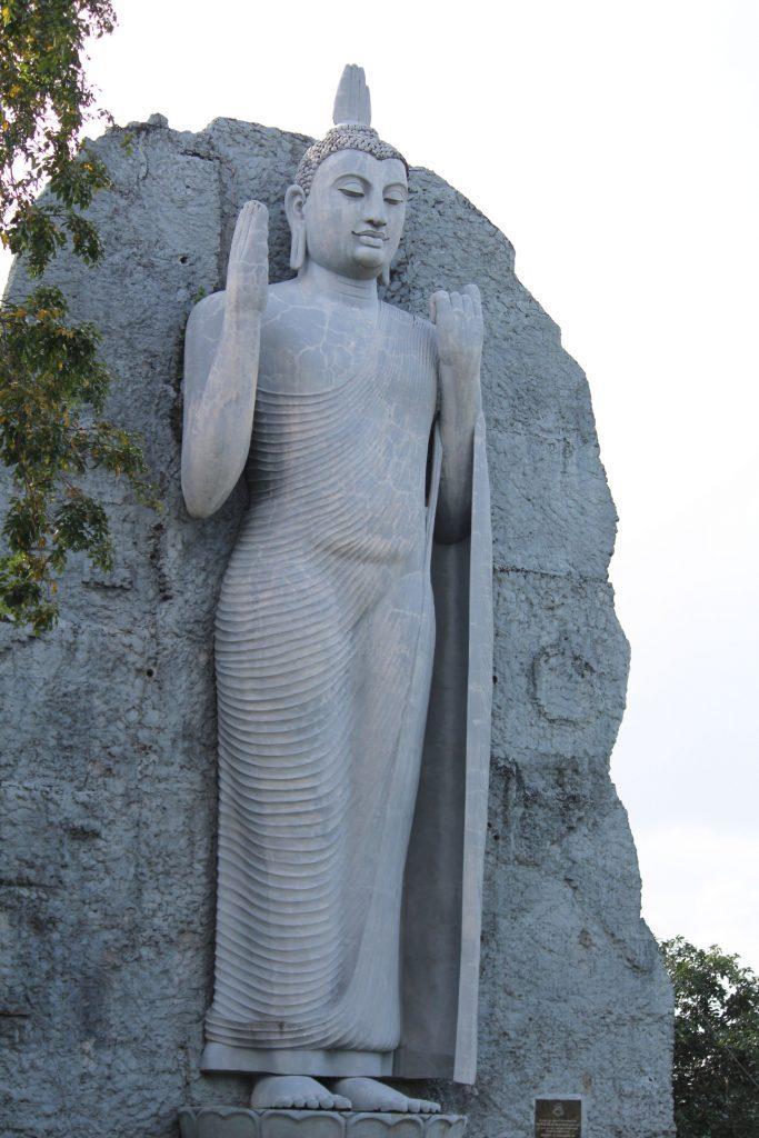 Buddha status in Giritale