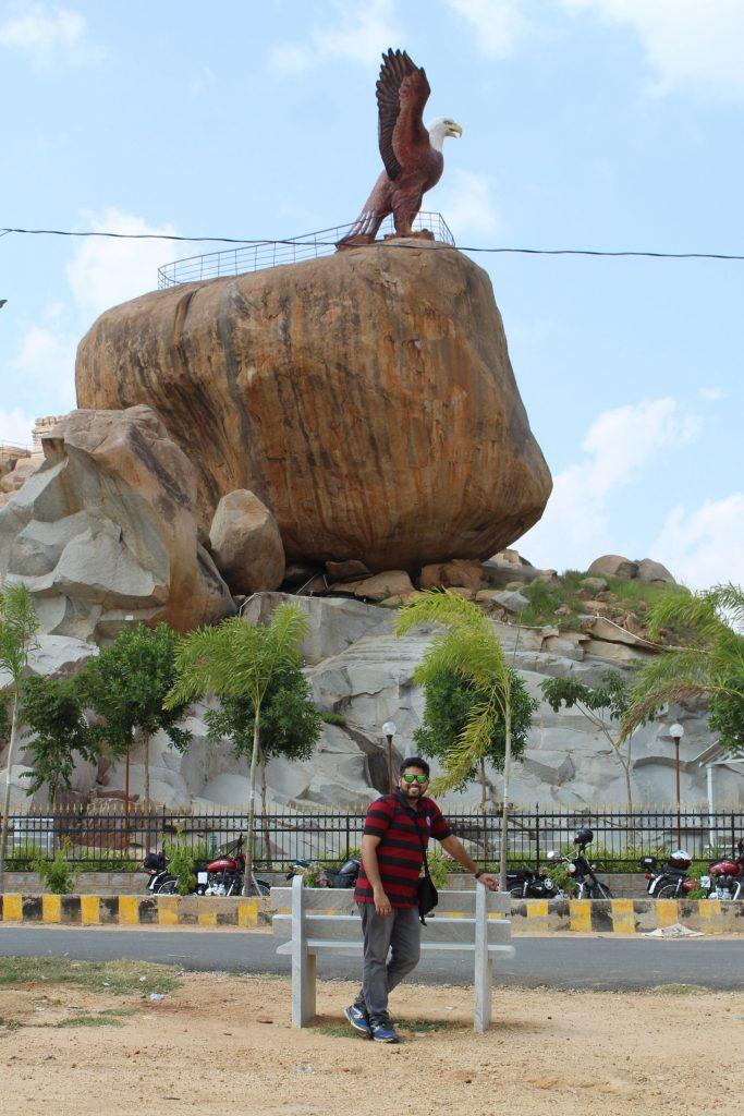 The statue of Jatayu in Lepakshi